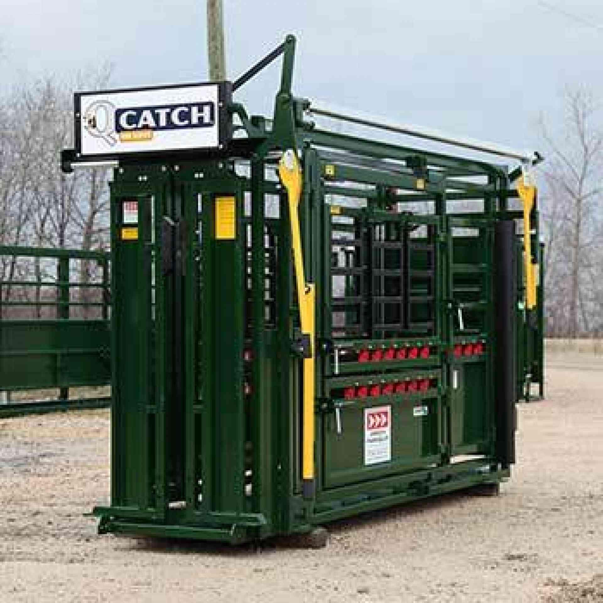 Q-Catch 400 Series Cattle Chute