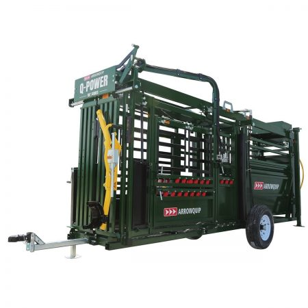 hydraulic portable cattle chute & alley set up for transport