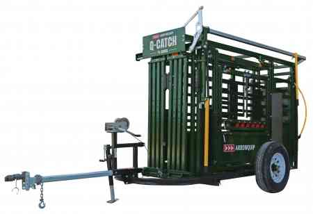 Q-Catch 74 Series Squeeze Chute on trailer