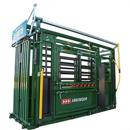 Q-Catch 74 series squeeze chute from the side