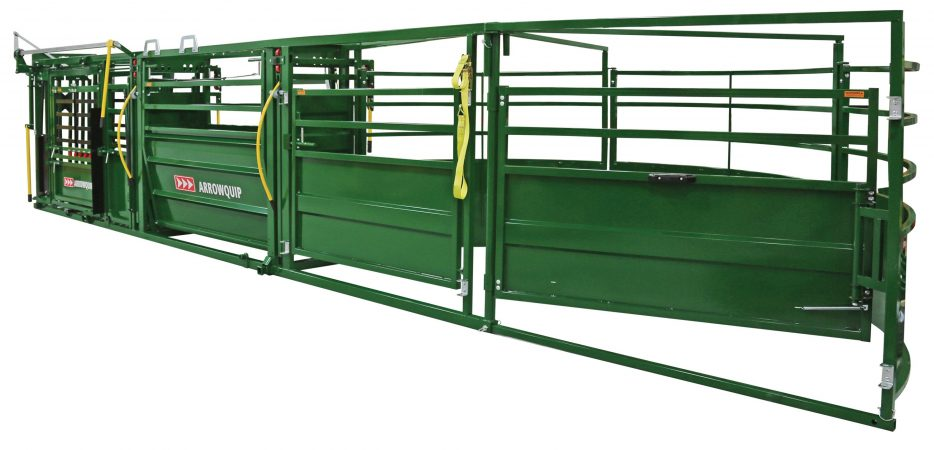 portable cattle handling system fully set up, side view