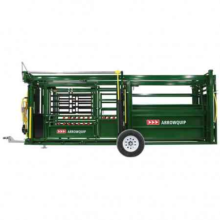 Portable Cattle Chute & Alley Side View | Arrowquip Cattle Equipment