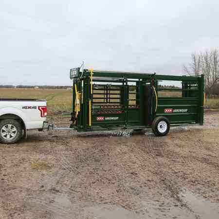 Portable Cattle Chute & Alley Backing Up | Arrowquip Cattle Equipment