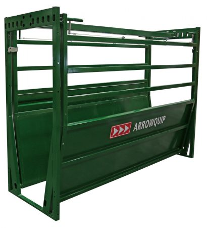 Side profile of Easy Flow Adjustable Cattle Alley with adjustable blinders