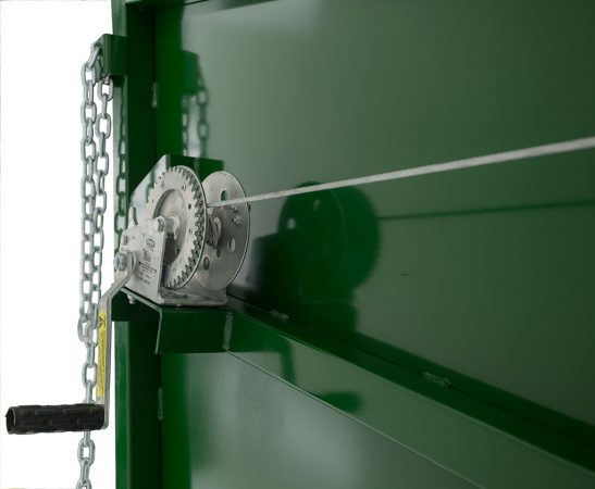 Image of winch system of Arrowquips portable cattle loading chute