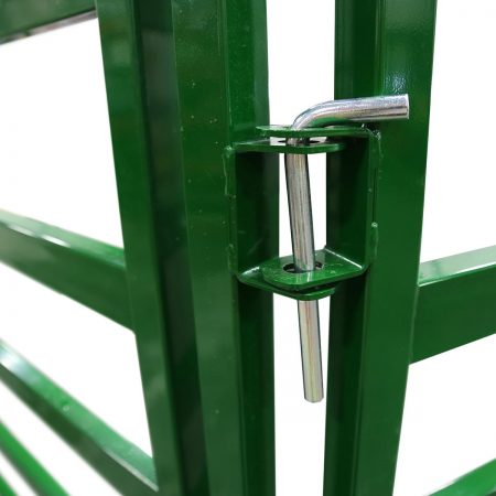 Arrow Cattle Panel pins and clips can connect up to 4 panels at a single location