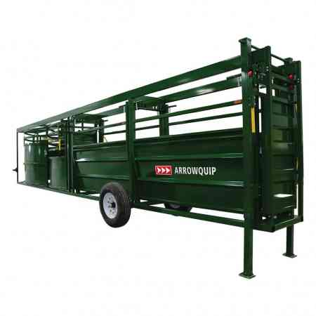 Portable Cattle Tub and Alley Jacked Up | Arrowquip Cattle Equipment