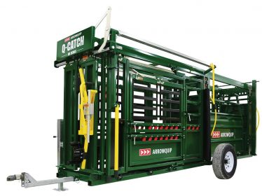 Portable Q-Catch 86 Series cattle chute and alley on wheels